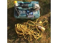 Makita 110v 115mm 4.5 inch Angle Grinder Plus Case And Extension Lead Cable.