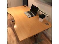 Large ergonomic electrical height adjustable desk