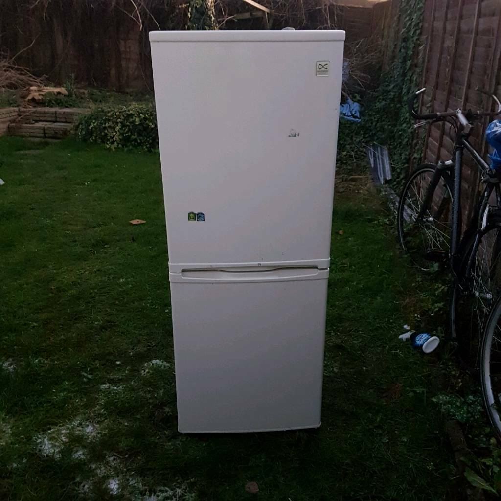 DEAWOO Fridge freezer
