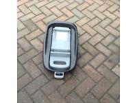 Maxi cost family fix car seat base x2