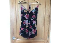 Forever 21 playsuit (size small) BRAND NEE