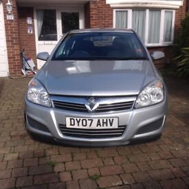 Vauxhall Astra Club 1.6 2007 MOT till March 2018. FSH. VGC. One lady owner from 2008 till present.