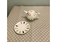 Lovely cat teapot and cup set brand new
