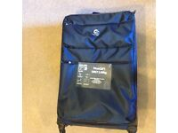 TRAVEL CASE LUGGAGE TROLLEY LARGE AND SUPER LIGHT NEW!!!!