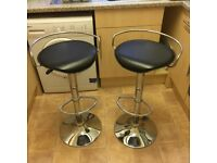 2 kitchen stools in chrome