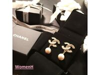 100% New Chanel DOUBLE C Logo with cream Pearl Earring