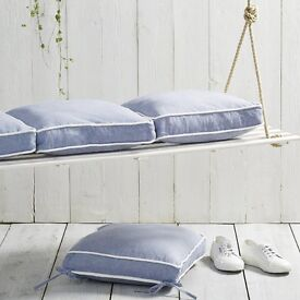 The WHITE Company Chambray Seat Pad Set Of 4 - Blue/ white piping