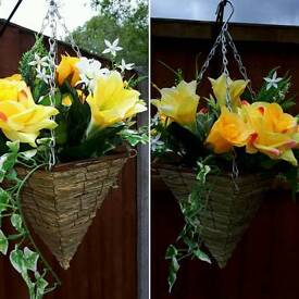Artifical flowers hanging baskets