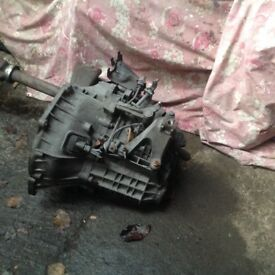 GEARBOX. Ford Focus Diesel gearbox out ready to go