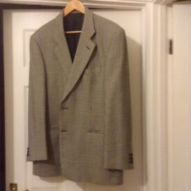 M & S men's dogs tooth jacket size 42 chest fantastic condition MUST BE SEEN