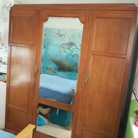 Lovely triple wardrobe with mirror