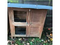 Small 2 level hutch, suitable fir guinea pigs