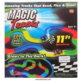 Brand New Magic Track - Glow in The Dark - 220 Piece Set