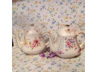 Vintage saddler tea pots x 2. In excellent condition.