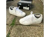 Adidas superstar trainers size 6