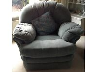 Three seater settee, two reclining armchairs & a foot stool/storage in Teal.