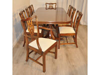 High Quality Vintage Mahogany Extending Dining Table & 8 Chippendale Chairs