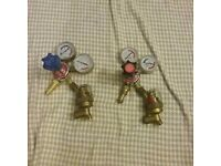Gauges oxy and acetylene with back fire valves