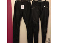 TWO pairs of faux leather/PU leggings Glamorous and Lipsy size 10