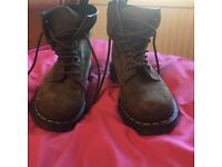 Dr Martin Boots size 4
