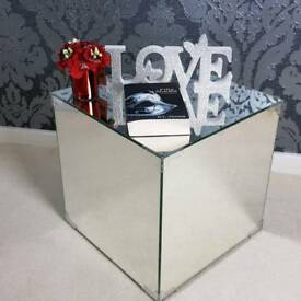 Luxury Mirrored Side Table Glass Coffee Table Modern Cube Mirror