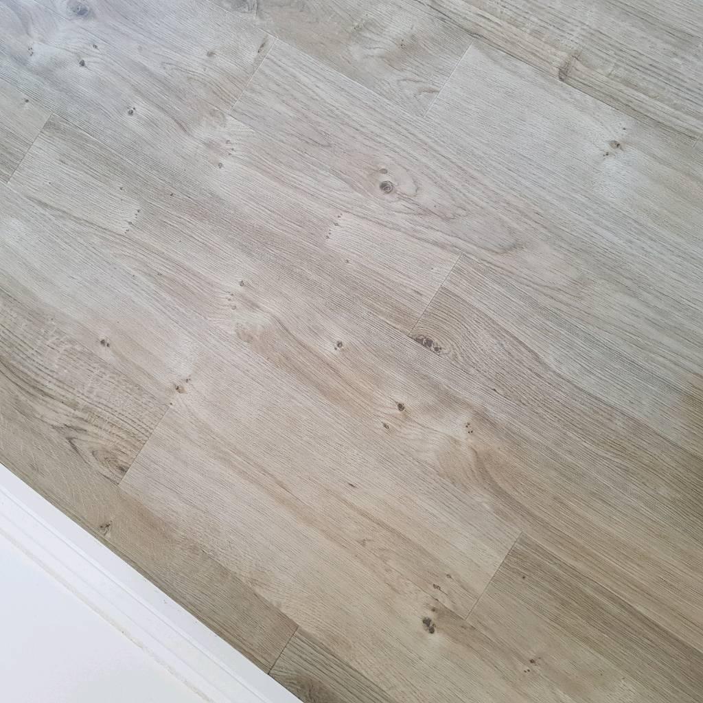 Amtico Spacia Luxury Flooring (Sun Bleached Oak)