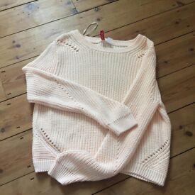 H & M jumper. Large (best fit 10-12)