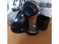 Dolce gusto coffee machine black