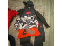Nike Bundle, Tracksuit, Hoodie top, joggers, 2 x Nike T-shirt's