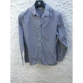 Dominican girl's blouse