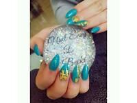 Acrylic/gel nails