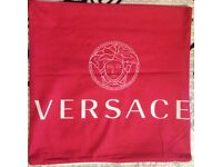 2x Versace pillow case Red / White