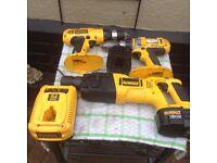 Dewalt dw999 2 drills 2 battery's charger good working order