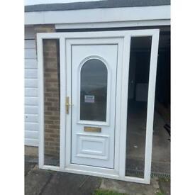 UPVC DOOR AND SIDE PANELS / DOOR COMBI