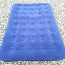 Double Flocked Airbed with electric pump - Camping/Overnight Guests