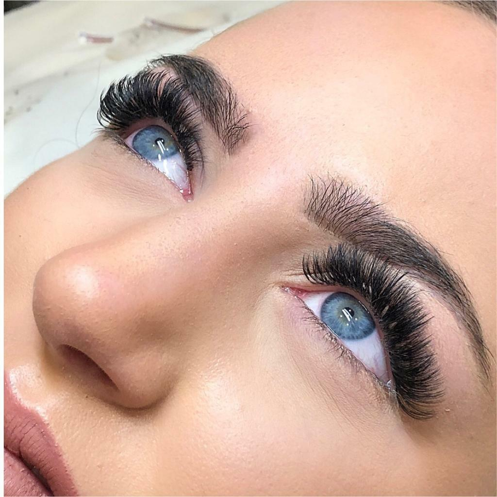 98d7efa31bc Russian Volume Lashes, Eyelashes Extension £65! Best Lashes in Canary  Wharf! | in Isle of Dogs, London | Gumtree
