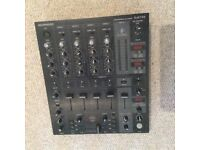 Behringer DJX 750 pro mixer. 5 channels mixer.