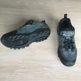 Mountain Bike Shoes with Cleat Fittings (UK 5.5 EU38)