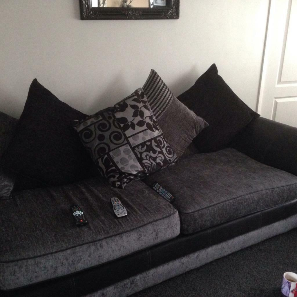 Dfs sofas x2 black and grey in Sunderland Tyne and Wear  : 86 from www.gumtree.com size 1024 x 1024 jpeg 94kB