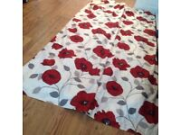 Flowered curtains Poppy's 90 / 90 two sets £ 20 each