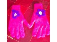 Lady's gloves