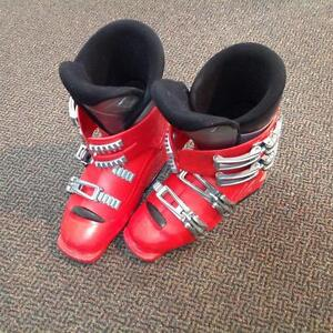 Salomon Ski Boots (sku: BNZ46F)