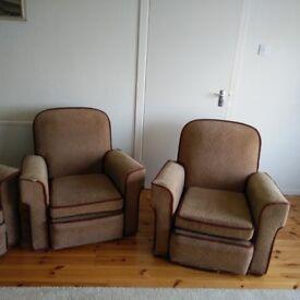 Free Vintage three piece suite.