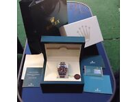 Complete box set silver bracelet with black face rolex submariner with sweeping automatic movement