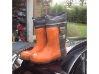OREGON YUKON 11 chainsaw boots size 10 1/2