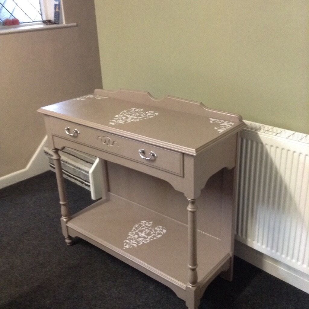 Console table, hallway table witn shabby chic heart detailin Heywood, ManchesterGumtree - Console table with shelf and drawer. Excellent quality piece with shabby chic heart details. Measuring 39 inches across depth of 16 inches and height 36 inches. Collect from Heywood