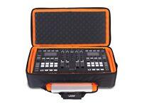 UDG Ultimate MIDI Controller Backpack Large MK2 Black/Orange