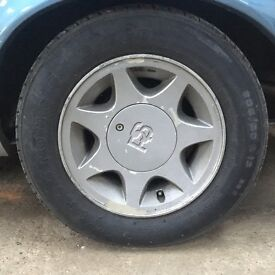 Set of four Ford Capri 2.8i Special 7 Spoke Star Wheels with RS centre caps with no tyres