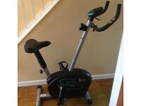 Exercise bike with speed,cal &a timer dial
