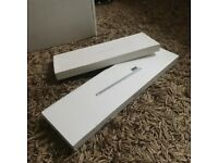 Boxed. iMac 27 inch late 2012. Excellent condition. Lightly used.